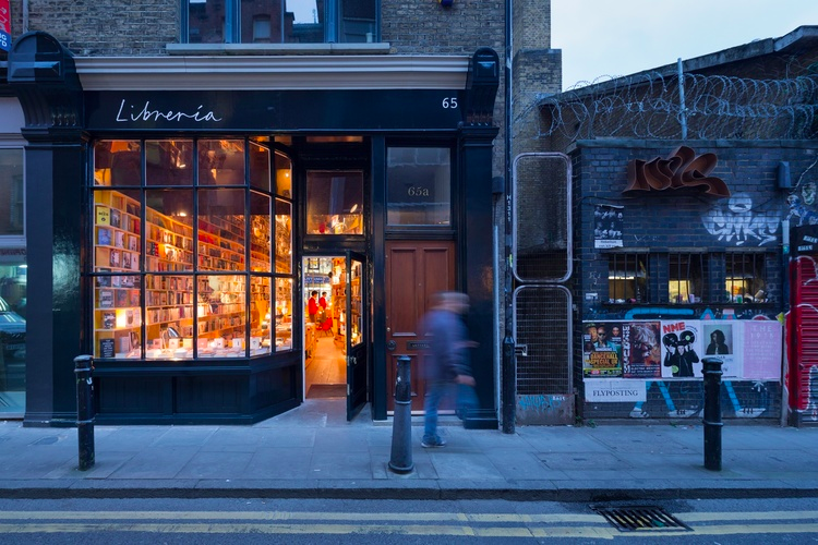 http://fmcm.co.uk/news/2016/2/21/new-chapter-for-uk-bookselling-as-libreria-opens